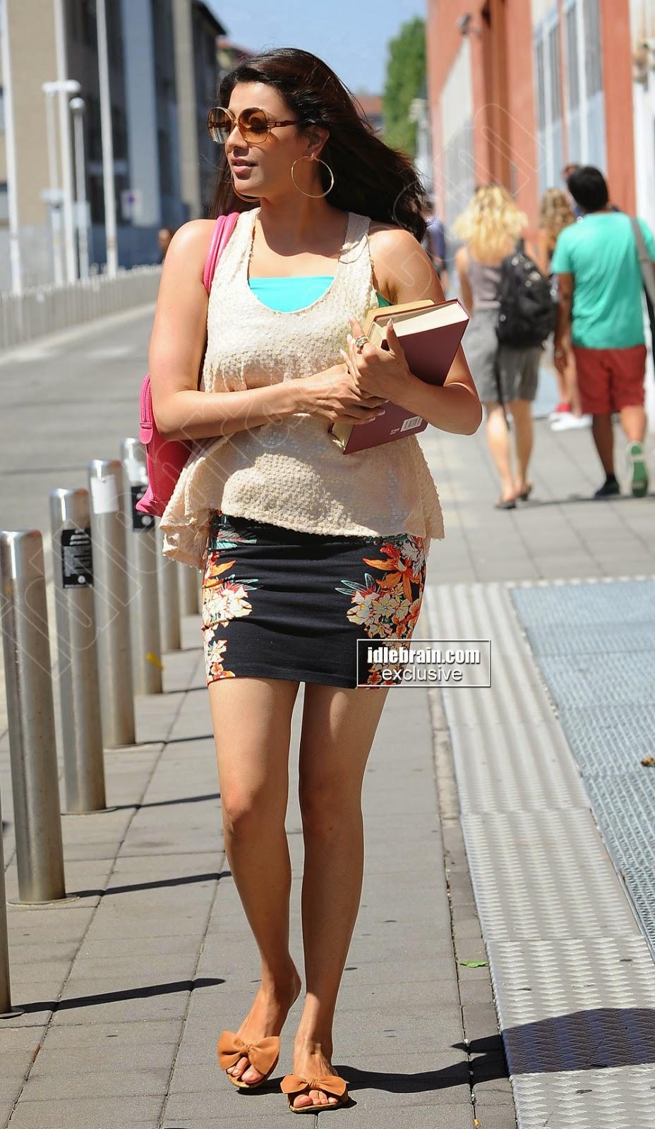 Kajal Agarwal short tight skirt