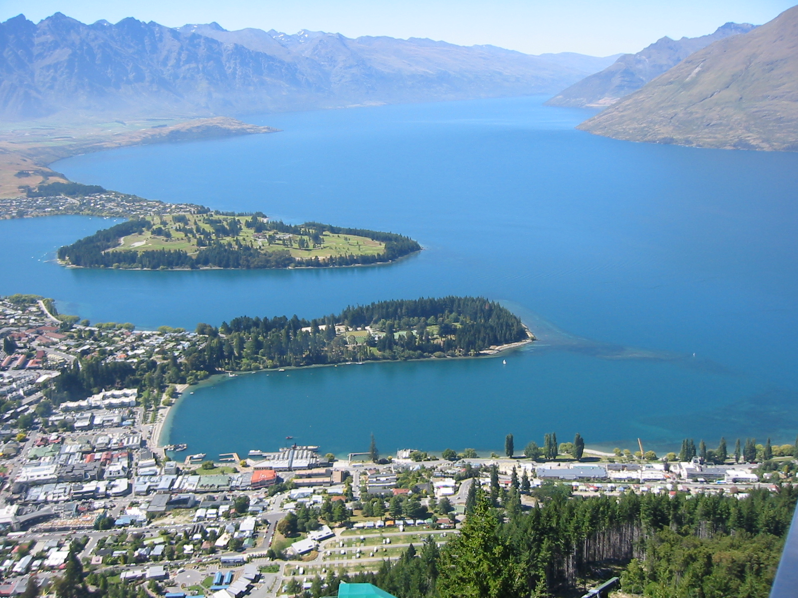 how to get from christchurch to queenstown nz