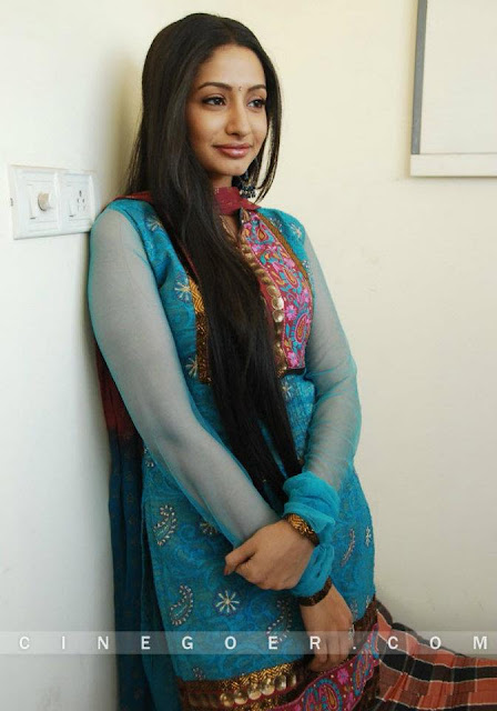 South Indian long hair actress