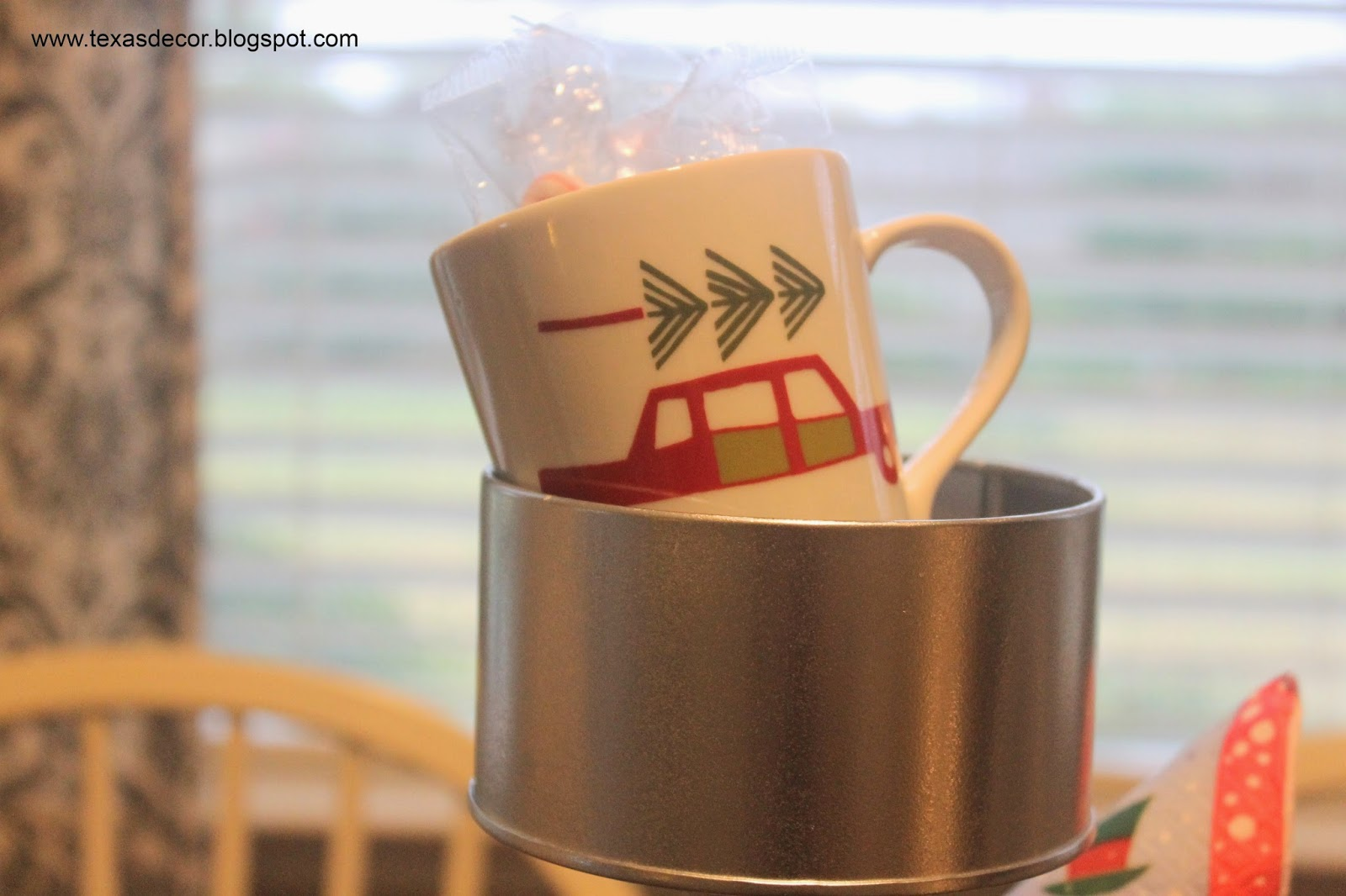 crate and barrel woody mug with christmas tree