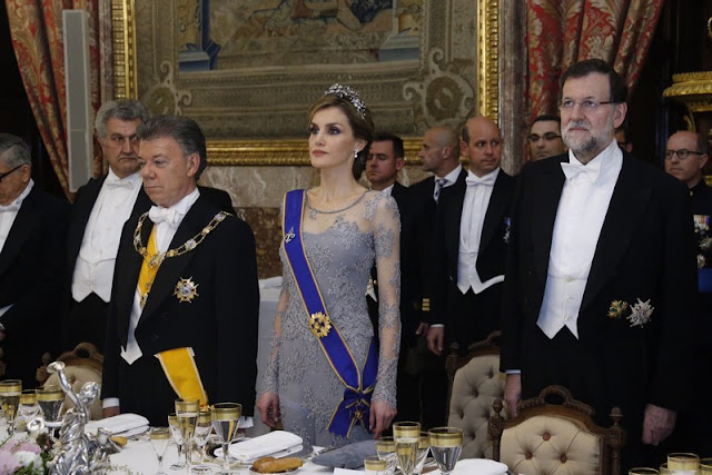 King Felipe VI of Spain and Queen Letizia of Spain receive the President of Colombia Juan Manuel Santos and his wife Maria Clemencia Rodriguez de Santos