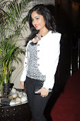 Madhavi Latha Latest Photos Gallery-thumbnail-10