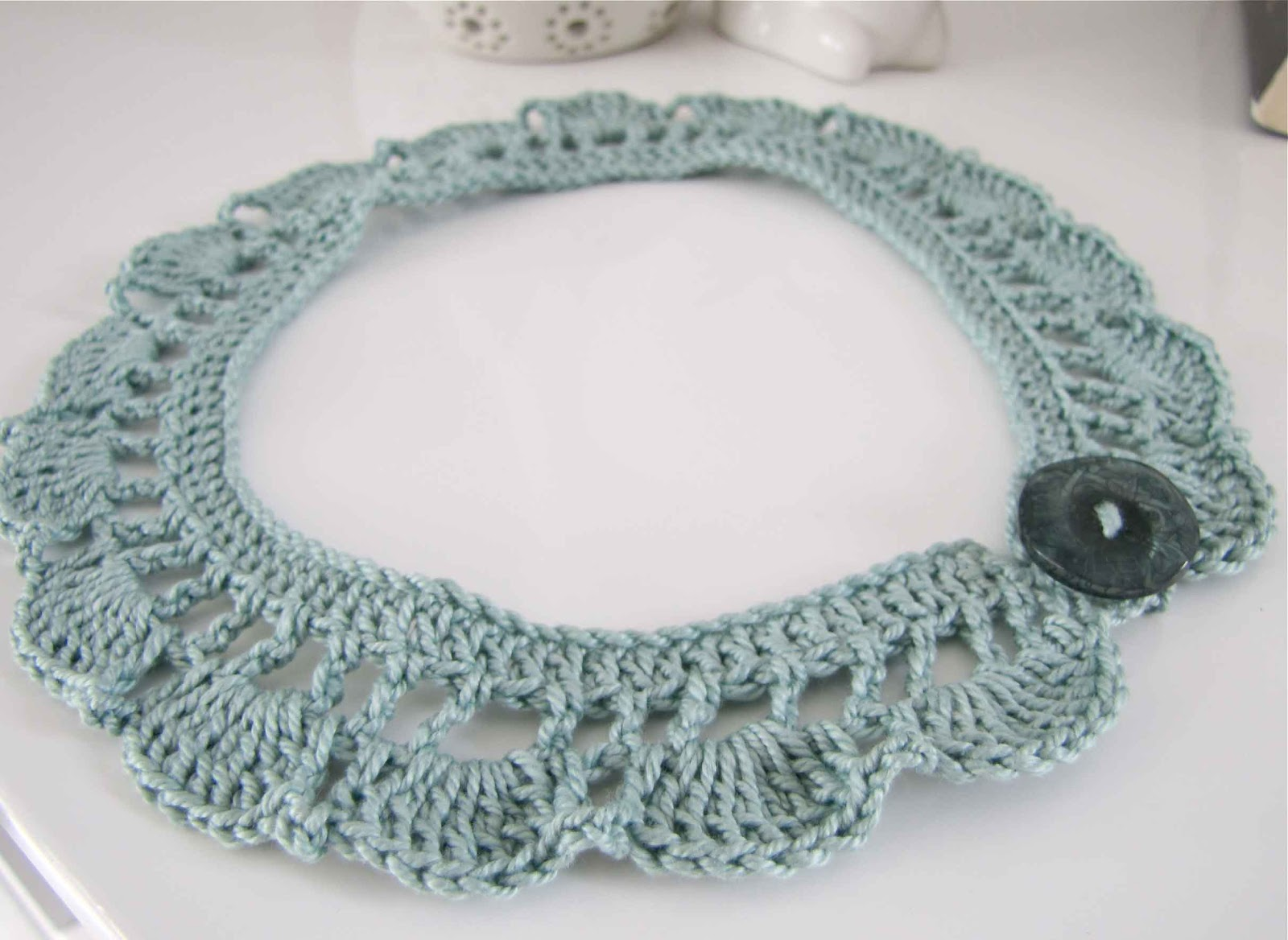 Crochet Necklace : Crochet Necklace
