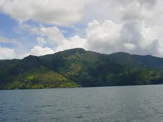 objek wisata danau toba indonesia