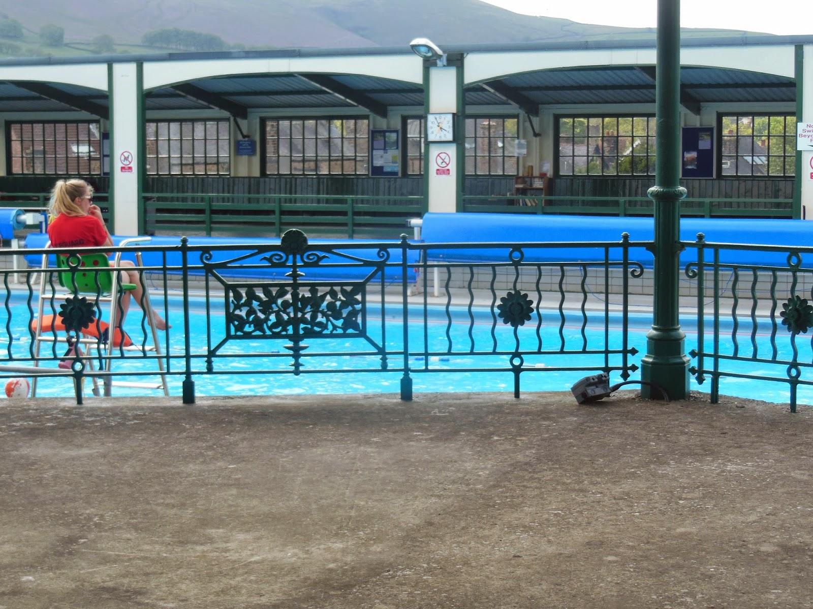 Heart shaped hathersage lido - Hathersage open air swimming pool ...