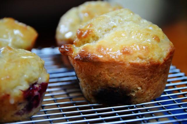 Lemon-Glazed Sour Cream Blackberry Muffins | Cheesy Pennies