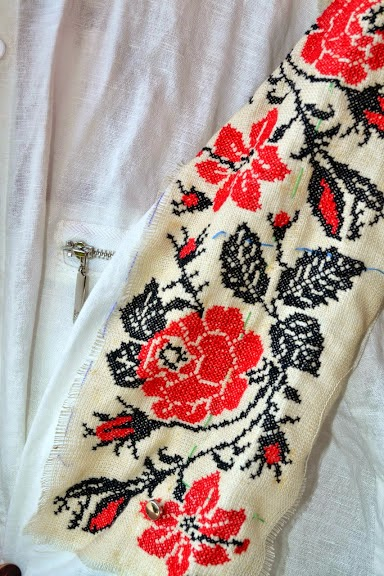 Вышиванка, вышытая рубашка