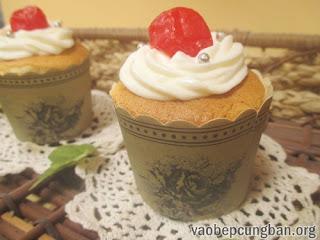 Cách làm bánh cupcake nhân kem chanh leo 14