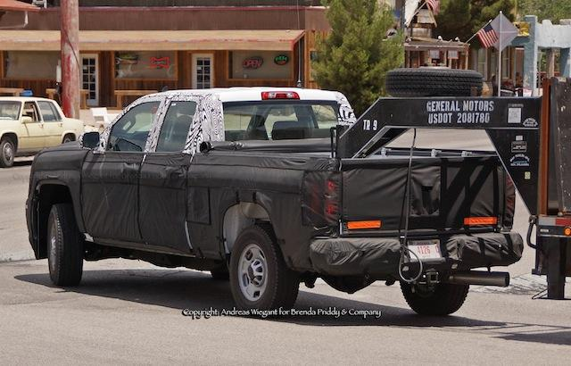 SPOTTED: 2015 Chevrolet Silverado HD