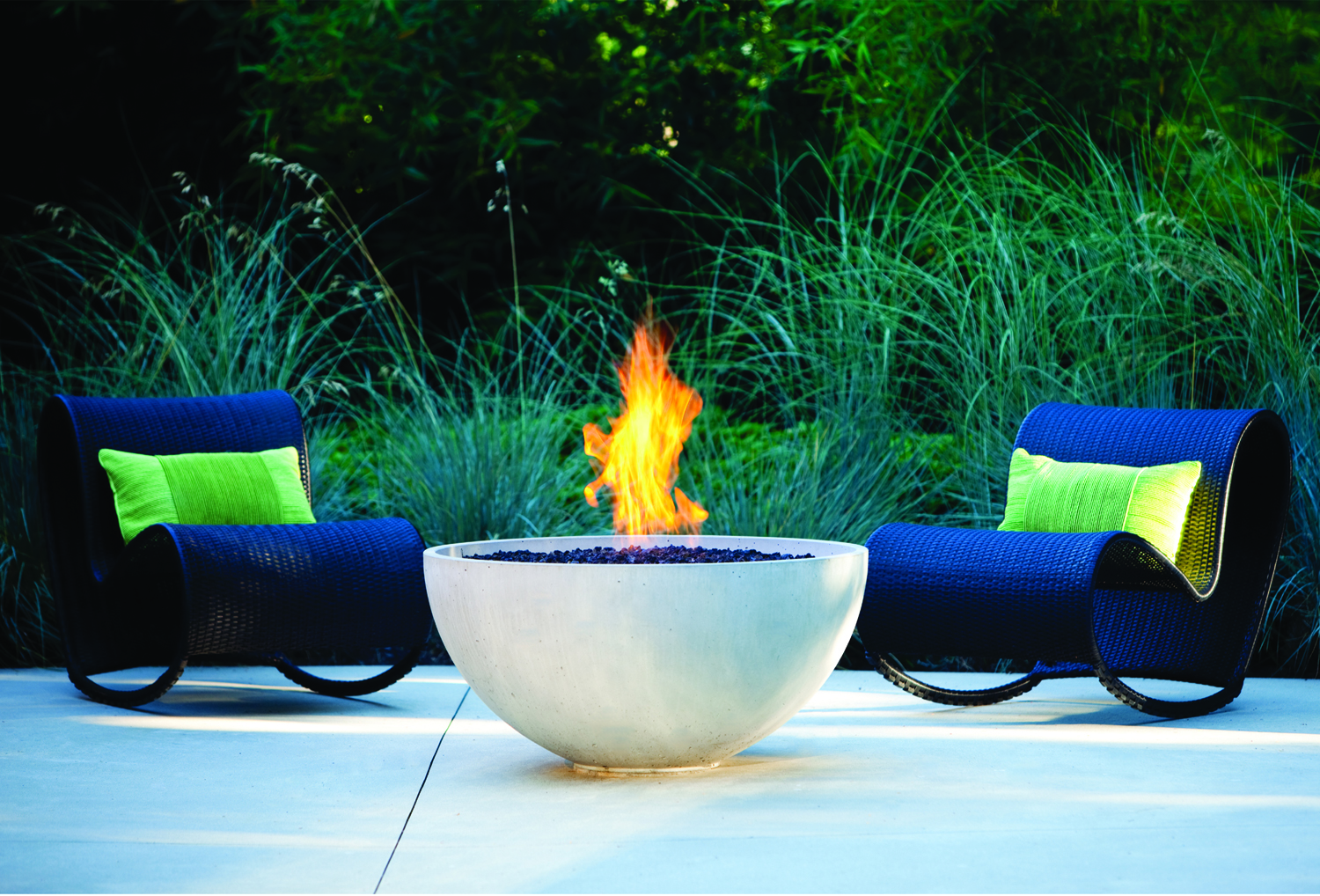 Ab8 round outdoor fireplace burners fireplace kits for Outdoor modern fire pit