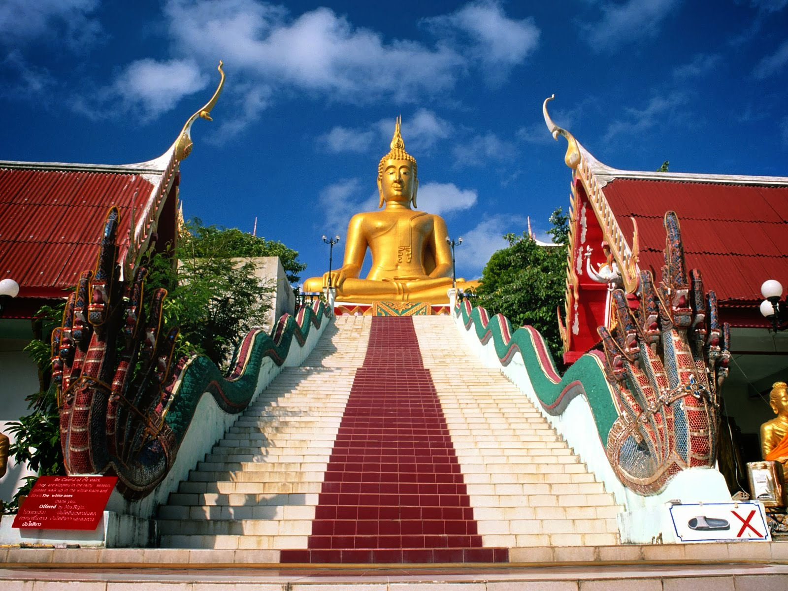 Thailand Is The 50th Largest Country In World With An Area Roughly Equal To That Of France Rugged Mountains North And Famous Tropical