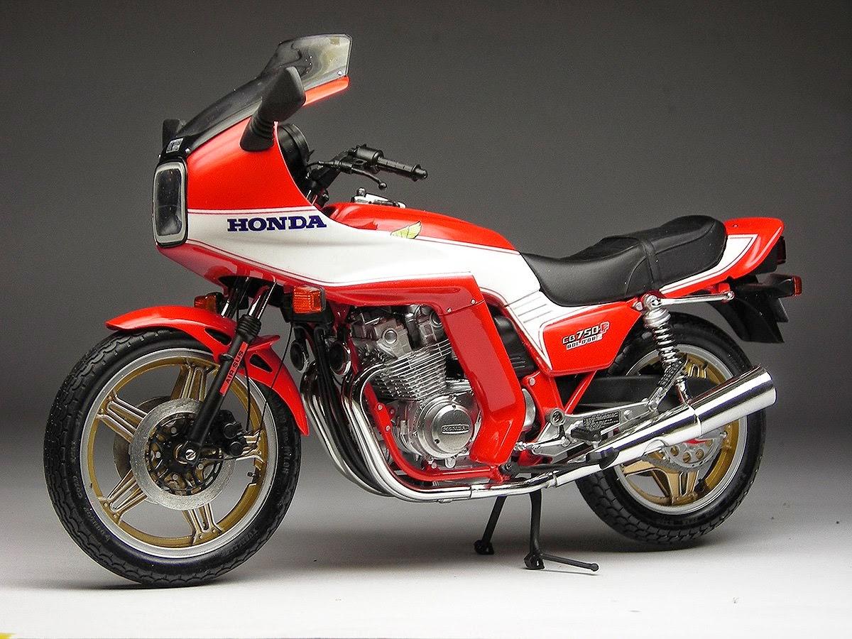 Racing Scale Models  Honda Cb 750 F2 Bol D U0026 39 Or 1981 By Max