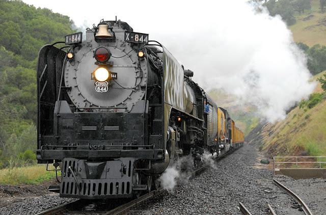 Gambar Kereta Api Lokomotif Uap Union Pacific Northern 4-8-4 844 05