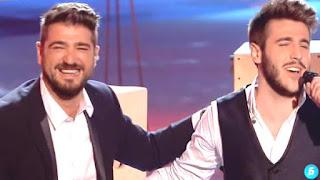 Antonio Orozco y Antonio José cantan El Perdón. Final La Voz 2015
