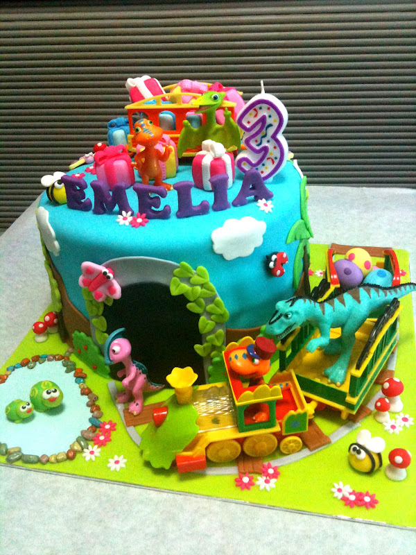 Dinosaur Train Cake Images : Oven Creations: Happy 3rd Birthday Emelia