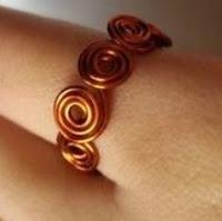 cincin spiral keren di jari