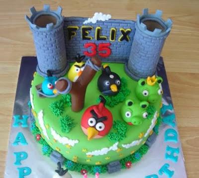 Bánh sinh nhật hình Angry Bird