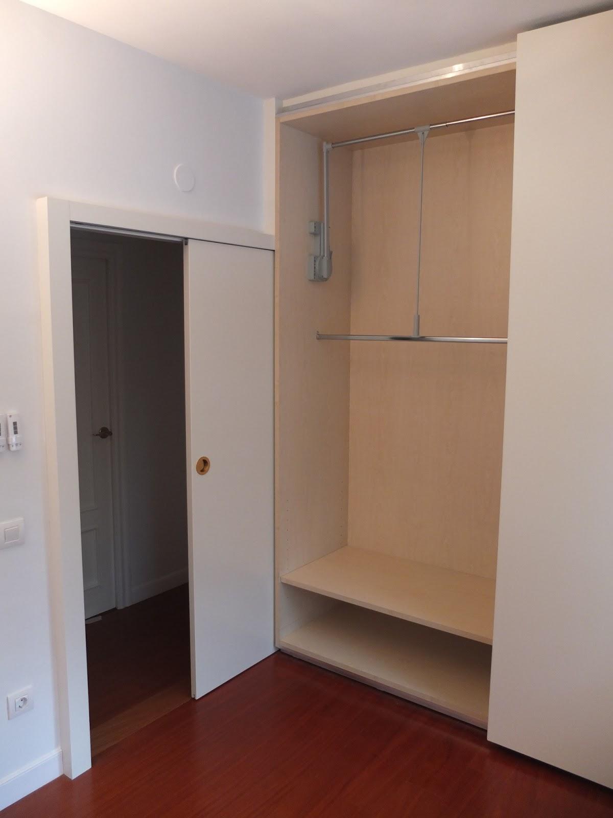 Casas cocinas mueble puertas correderas de armario - Interiores armarios empotrados puertas correderas ...