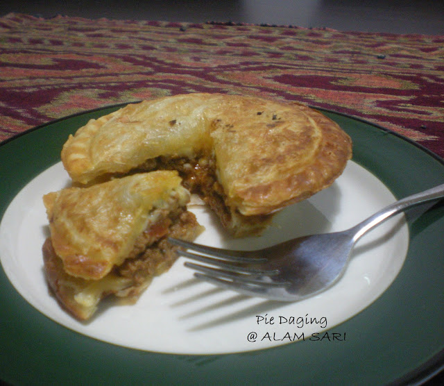 PIE DAGING ALAM SARI
