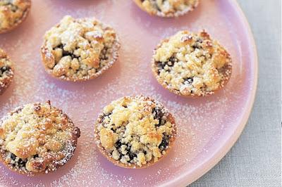 Cheat's fruit mince tarts Recipe