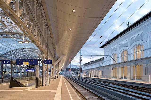 02-Central-Station-Salzburg-by-Kadawittfeldarchitektur