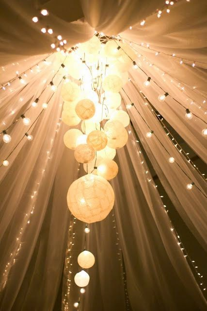 Memorable wedding tulle wedding decorations a fantasy for Decoration lumineuse