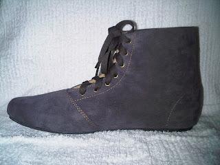 Trend Sepatu Boots Wanita Korea 2013
