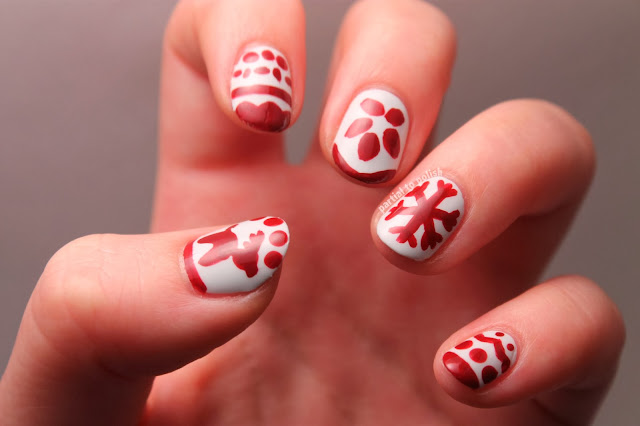 Christmas Sweater Nail Art
