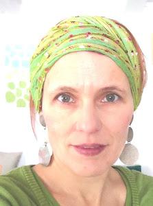 STEFANIE REINHART billedkunstner fra HULLET i OSLOs ØSTMARKA