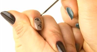 Sara Youtube Self Nail ! easy to follow Bear Foot Nail art, cute bear nail