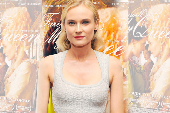 Look of the Day: Diane Kruger's Hourglass robe » Celeb News | Diane Kruger