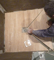 Manopera- montare travertin si grasie din sticla- in baie