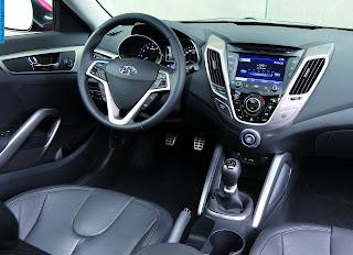 Hyundai veloster car 2012 dashboard - صور تابلوه سيارة هيونداى فيلوستر 2012