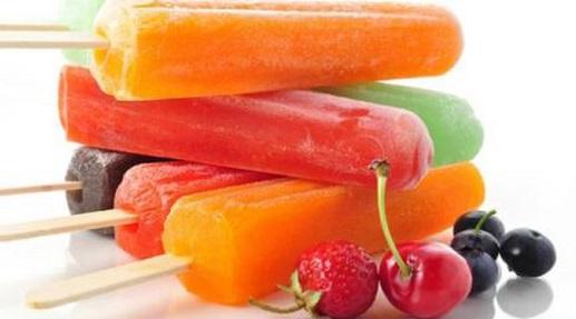 Helados de fruta y agua