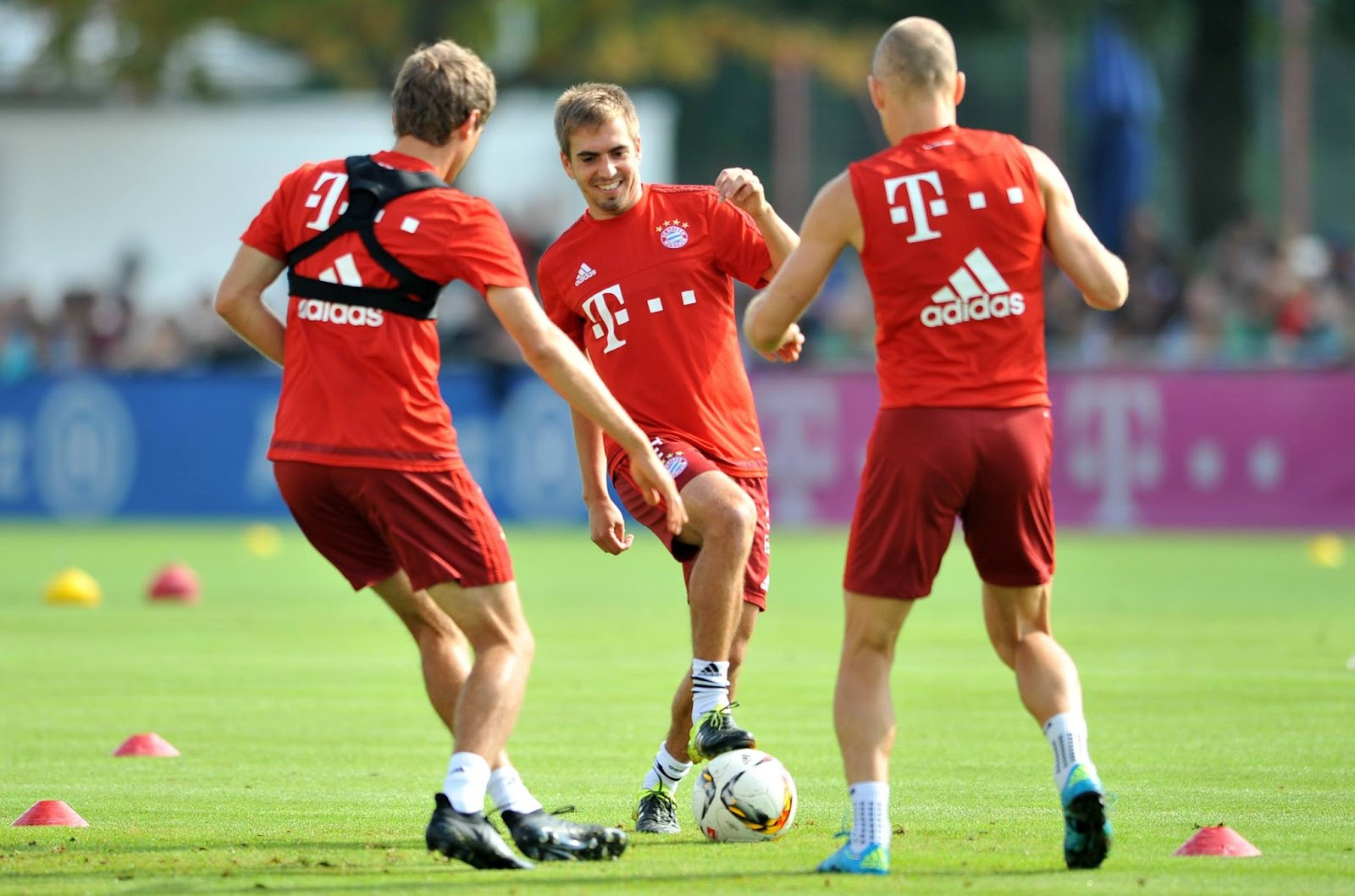 Thomas Müller Trains in Blackout Next Gen Adidas X 2016 Boots