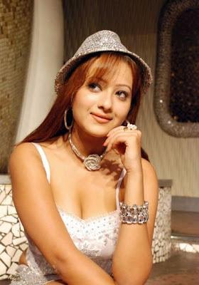 http://2.bp.blogspot.com/-qIofH6-TvRE/TVgeSeLGswI/AAAAAAAAH60/EAw7KV2yDdA/s1600/sana-khan-hot-photos.jpg