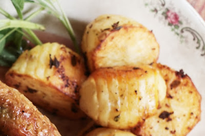 Thyme hasselback potatoes Recipe