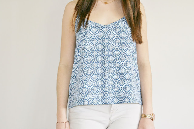 Katherine Penney Chic Fashion Style Outfit Post Summer Tile Print Top Hollister Jeans Pretty Simple Boho Girlie