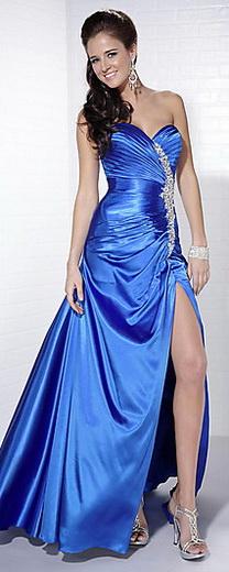 Модні кольори випускних суконь 2013