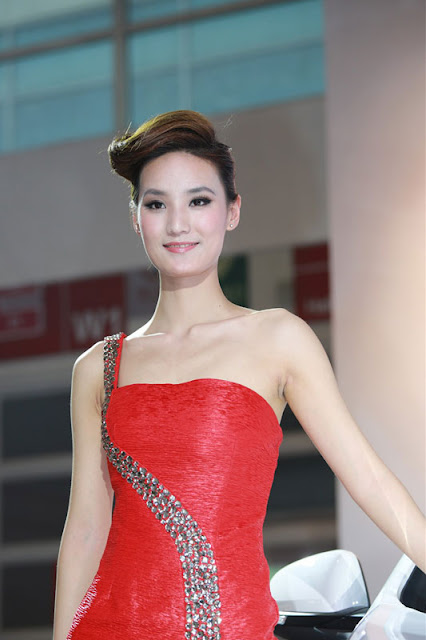 foto model cantik Auto show China 2012-1.jpg