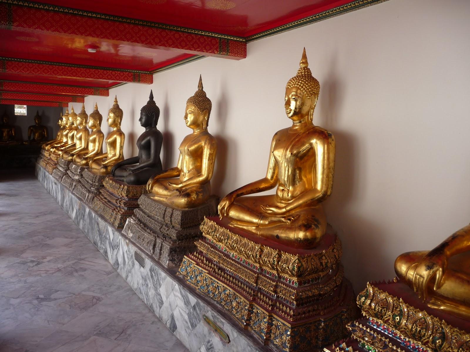 les petites combines d 39 hanae la tha lande un voyage de r ve partie 1 les temples. Black Bedroom Furniture Sets. Home Design Ideas