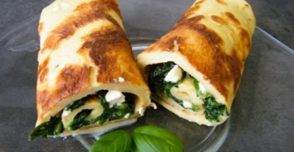 Pancakes with spinach and feta cheese