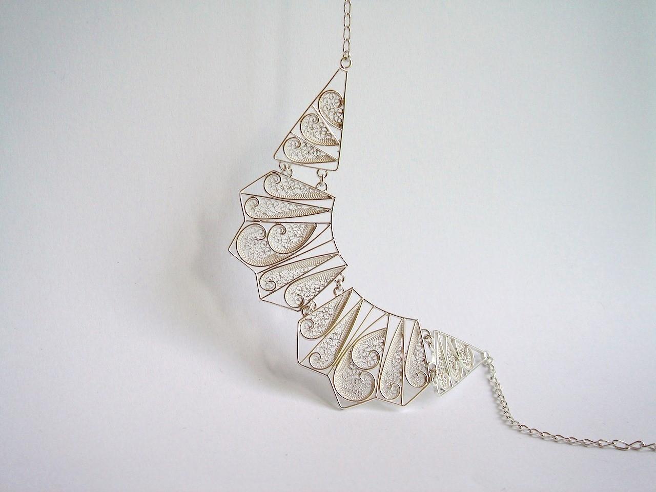 Collar geométrico triple-Susana Teixeira