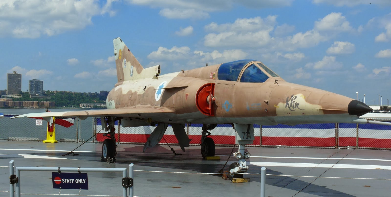 Video Pesawat Tempur IAI Kfir