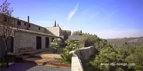 Patio, jardín , terraza en la casa de Olivella