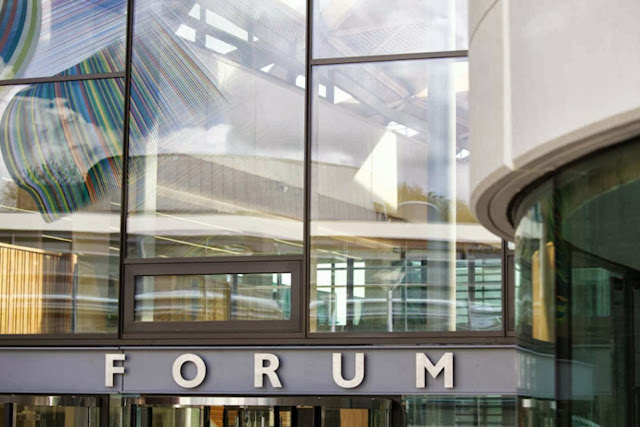 07-University-of-Exeter-Forum-by-Wilkinson-Eyre