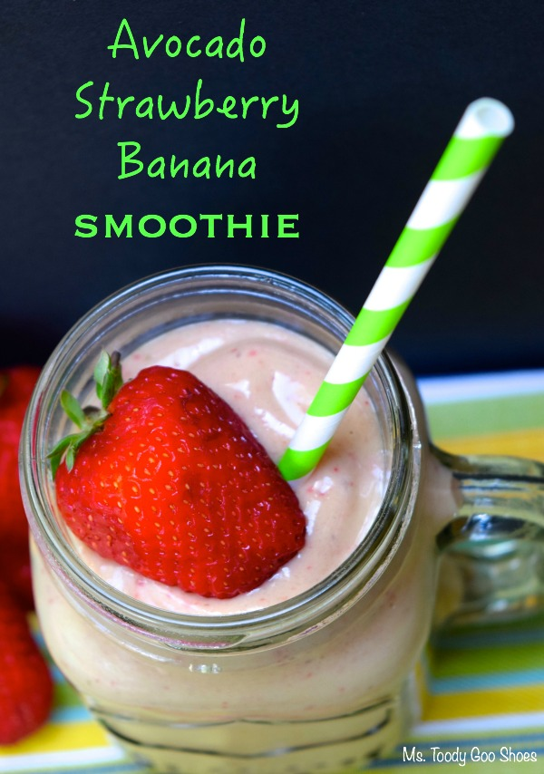 Strawberry-Go-Nuts Smoothie Recipe — Dishmaps