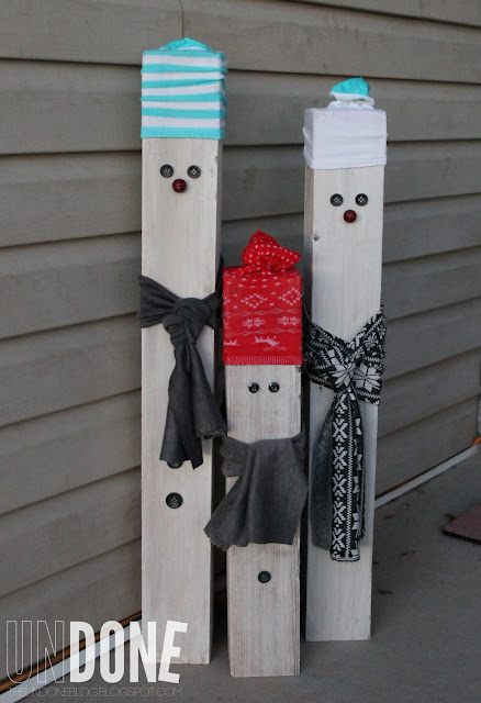 {The Undone Blog} 4x4 posts, fabric scraps, and socks make a snowman!