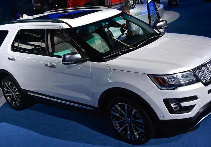 2016 ford explorer platinum release date auto sporty. Black Bedroom Furniture Sets. Home Design Ideas