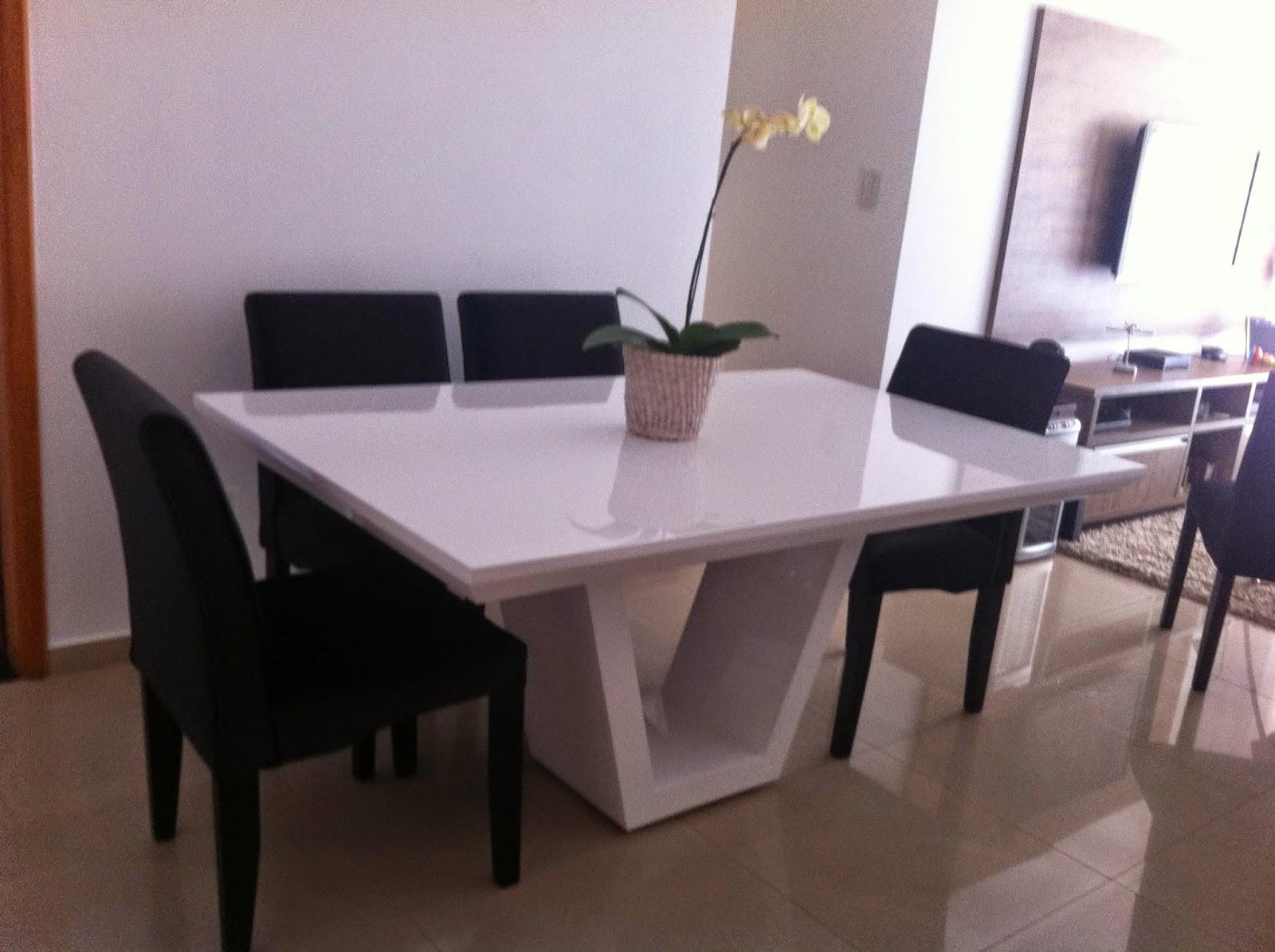 Mesa resina tampo mesa mosaico e mesa em travertino fone for Modelos de mesas para cafeteria